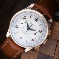 relógio com ponteiro de segundos
